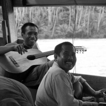 indonesian sailors authentic bugis